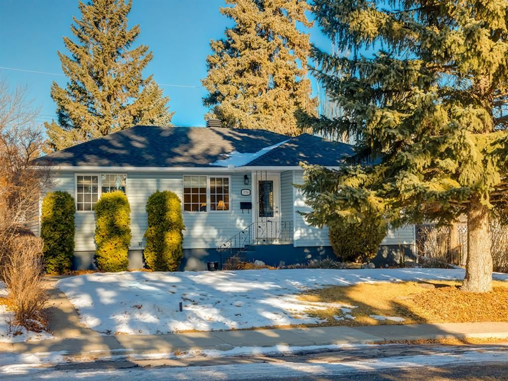 Main Photo: 3716 3 Avenue SW in Calgary: Spruce Cliff Detached for sale : MLS®# A1051246