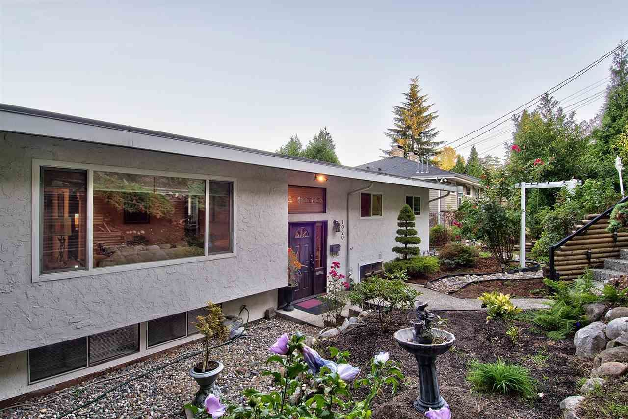 Main Photo: 1020 TUXEDO Drive in Port Moody: College Park PM House for sale : MLS®# R2205847