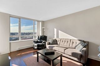 """Photo 7: 1504 3333 CORVETTE Way in Richmond: West Cambie Condo for sale in """"Wall Centre at the Marina"""" : MLS®# R2535983"""