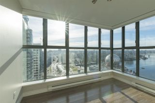 """Photo 9: 1905 1128 QUEBEC Street in Vancouver: Mount Pleasant VE Condo for sale in """"THE NATIONAL"""" (Vancouver East)  : MLS®# R2232561"""