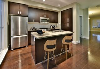 Photo 3: 263 2501 161A STREET in Surrey: Grandview Surrey Townhouse for sale (South Surrey White Rock)  : MLS®# R2326295