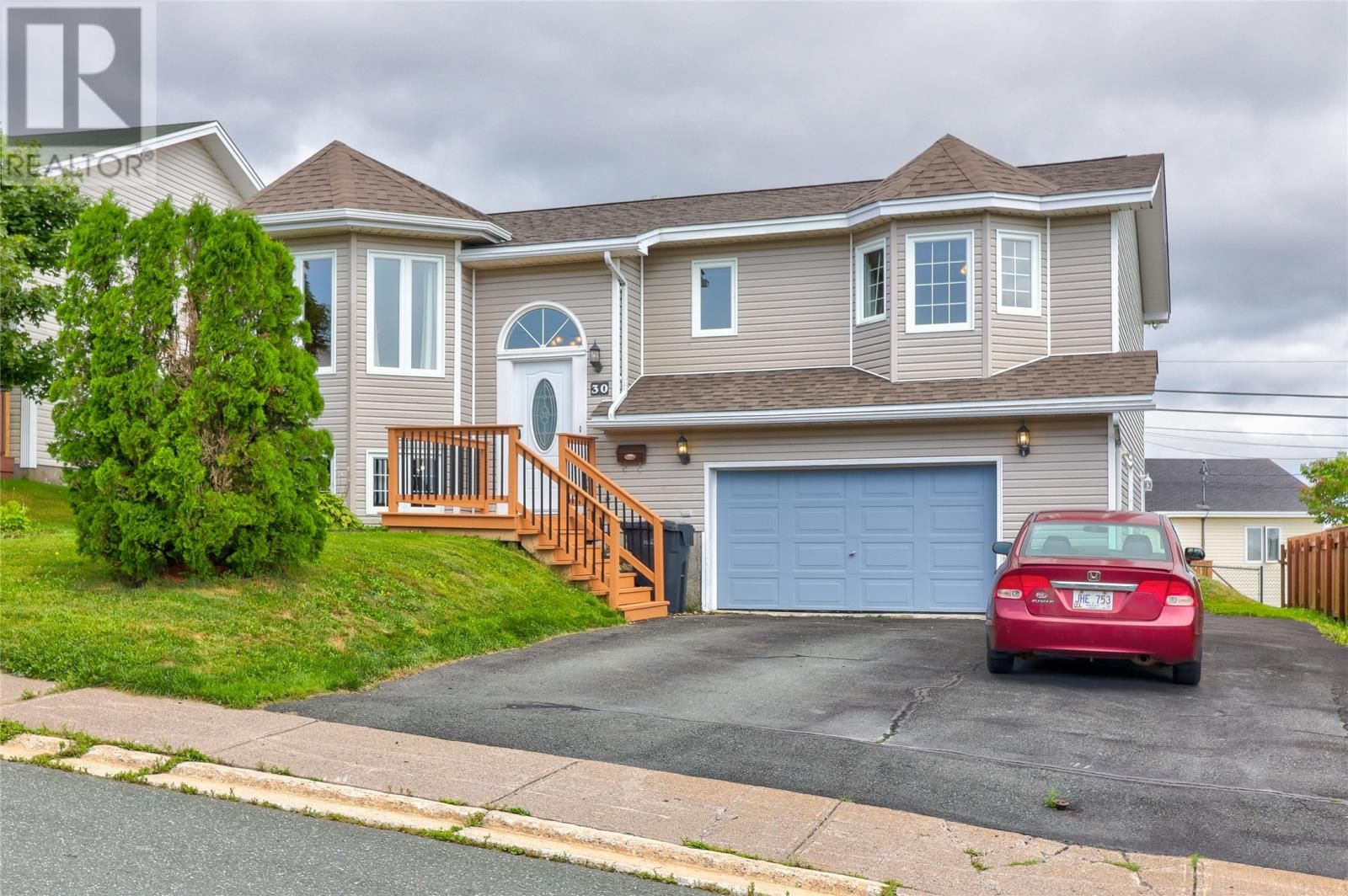 Main Photo: 30 Imogene Crescent in Paradise: House for sale : MLS®# 1236189