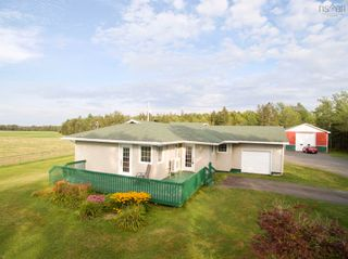 Photo 2: 812 Durham Road in Scotsburn: 108-Rural Pictou County Residential for sale (Northern Region)  : MLS®# 202122165