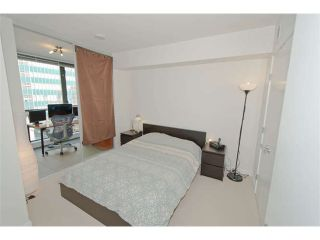 """Photo 4: 816 788 RICHARDS Street in Vancouver: Downtown VW Condo for sale in """"L'Hermitage"""" (Vancouver West)  : MLS®# V1019644"""