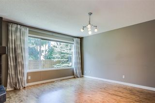 Photo 12: 223 WESTPOINT Garden SW in Calgary: West Springs Detached for sale : MLS®# C4273787