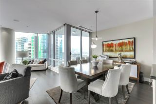 "Photo 14: 2003 1077 W CORDOVA Street in Vancouver: Coal Harbour Condo for sale in ""SHAW TOWER-COAL HARBOUR WATERFRONT"" (Vancouver West)  : MLS®# R2526230"