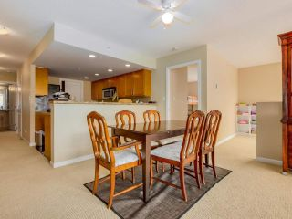 Photo 11: 203 288 UNGLESS WAY in Port Moody: Port Moody Centre Condo for sale : MLS®# R2071333