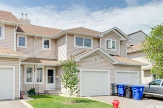 Photo 2: 8 215 Pinehouse Drive in Saskatoon: Lawson Heights Residential for sale : MLS®# SK859033