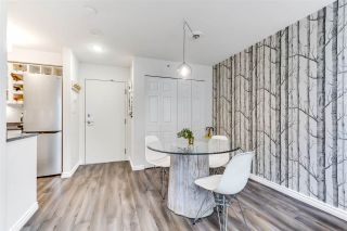 "Photo 3: 1602 1238 RICHARDS Street in Vancouver: Yaletown Condo for sale in ""The Metropolis"" (Vancouver West)  : MLS®# R2517666"