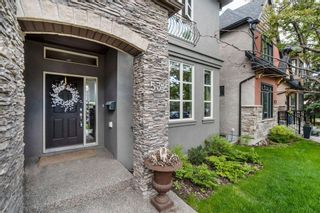 Photo 3: 532 34A Street NW in Calgary: Parkdale Semi Detached for sale : MLS®# A1126156
