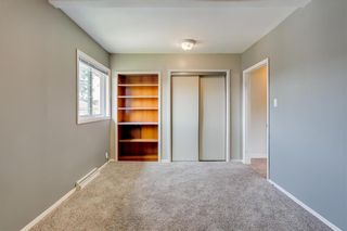 Photo 14: 2017 37 Street SE in Calgary: Forest Lawn Detached for sale : MLS®# A1101949