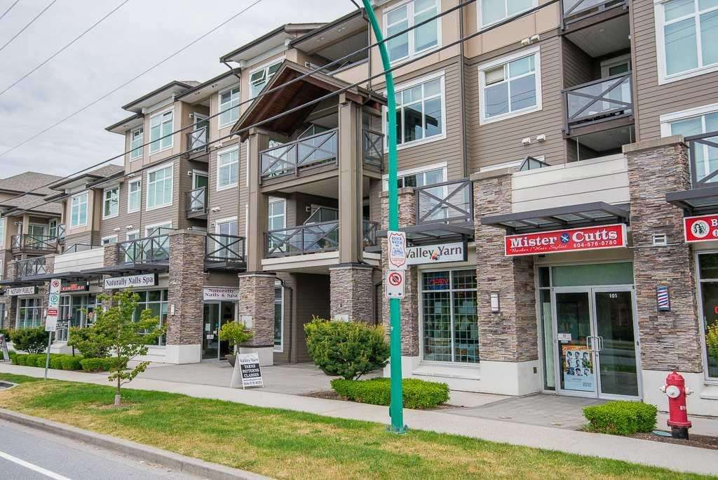 """Main Photo: 265 6758 188 Street in Surrey: Cloverdale BC Condo for sale in """"""""CALERA"""" AT CLAYTON VILLAGE"""" (Cloverdale)  : MLS®# R2586702"""