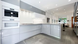 """Photo 9: 2180 W 8TH Avenue in Vancouver: Kitsilano Townhouse for sale in """"Canvas"""" (Vancouver West)  : MLS®# R2605836"""