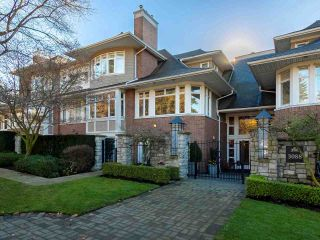 """Photo 1: 304 3088 W 41ST Avenue in Vancouver: Kerrisdale Condo for sale in """"LANESBOROUGH"""" (Vancouver West)  : MLS®# R2323364"""