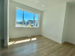 """Photo 4: 8365 BREAKEY Street in Mission: Mission BC House for sale in """"WEST HEIGHTS-WEST OF CEDAR"""" : MLS®# R2583454"""