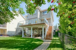 Photo 4: 323 Discovery Place SW in Calgary: Discovery Ridge Detached for sale : MLS®# A1141184