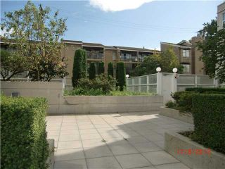 """Photo 10: PH1 418 E BROADWAY in Vancouver: Mount Pleasant VE Condo for sale in """"BROADWAY CREST"""" (Vancouver East)  : MLS®# V1022028"""