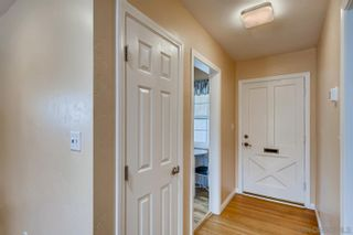 Photo 4: DEL CERRO House for sale : 3 bedrooms : 4997 TWAIN AVE in SAN DIEGO