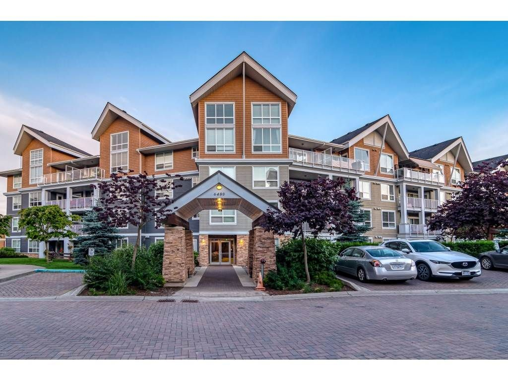 "Main Photo: 201 6480 194 Street in Surrey: Clayton Condo for sale in ""Waterstone - Esplande"" (Cloverdale)  : MLS®# R2509715"