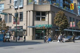 Photo 11: 609 633 ABBOTT STREET in Vancouver: Downtown VW Condo for sale (Vancouver West)  : MLS®# R2302140