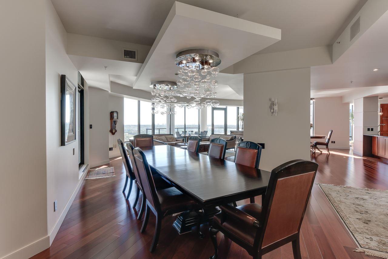 Photo 7: Photos: 1200 11933 JASPER Avenue in Edmonton: Zone 12 Condo for sale : MLS®# E4208205