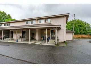 "Photo 1: 6 33918 MAYFAIR Avenue in Abbotsford: Central Abbotsford Townhouse for sale in ""Clover Place"" : MLS®# R2385034"
