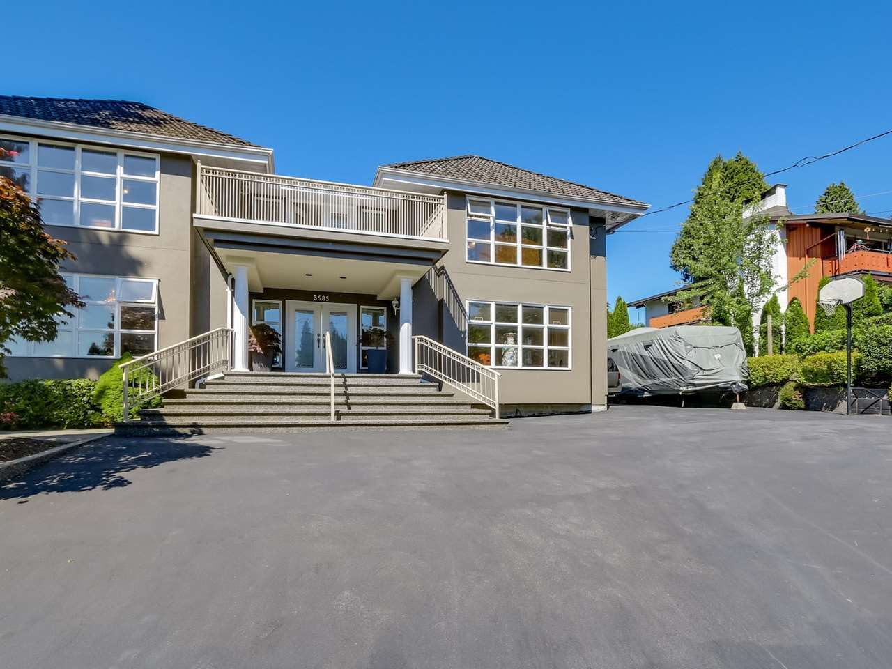 """Main Photo: 3585 BRIGHTON Drive in Burnaby: Government Road House for sale in """"GOVERNMENT ROAD AREA"""" (Burnaby North)  : MLS®# R2069615"""