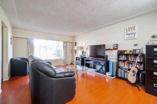 Photo 4: 3517 COAST MERIDIAN Road in Port Coquitlam: Glenwood PQ 1/2 Duplex for sale : MLS®# R2577018