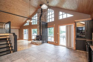 Photo 2: 16 Cutbank Close: Rural Red Deer County Detached for sale : MLS®# A1109639