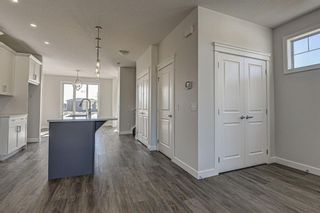 Photo 7: 136 Creekside Drive SW in Calgary: C-168 Semi Detached for sale : MLS®# A1108851