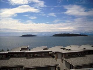 "Photo 7: 6492 EMBER Place in Sechelt: Sechelt District Townhouse for sale in ""WAKEFIELD WAVE II"" (Sunshine Coast)  : MLS®# R2194237"
