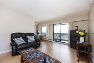 """Photo 3: 303 436 SEVENTH Street in New Westminster: Uptown NW Condo for sale in """"Regency Court"""" : MLS®# R2263050"""