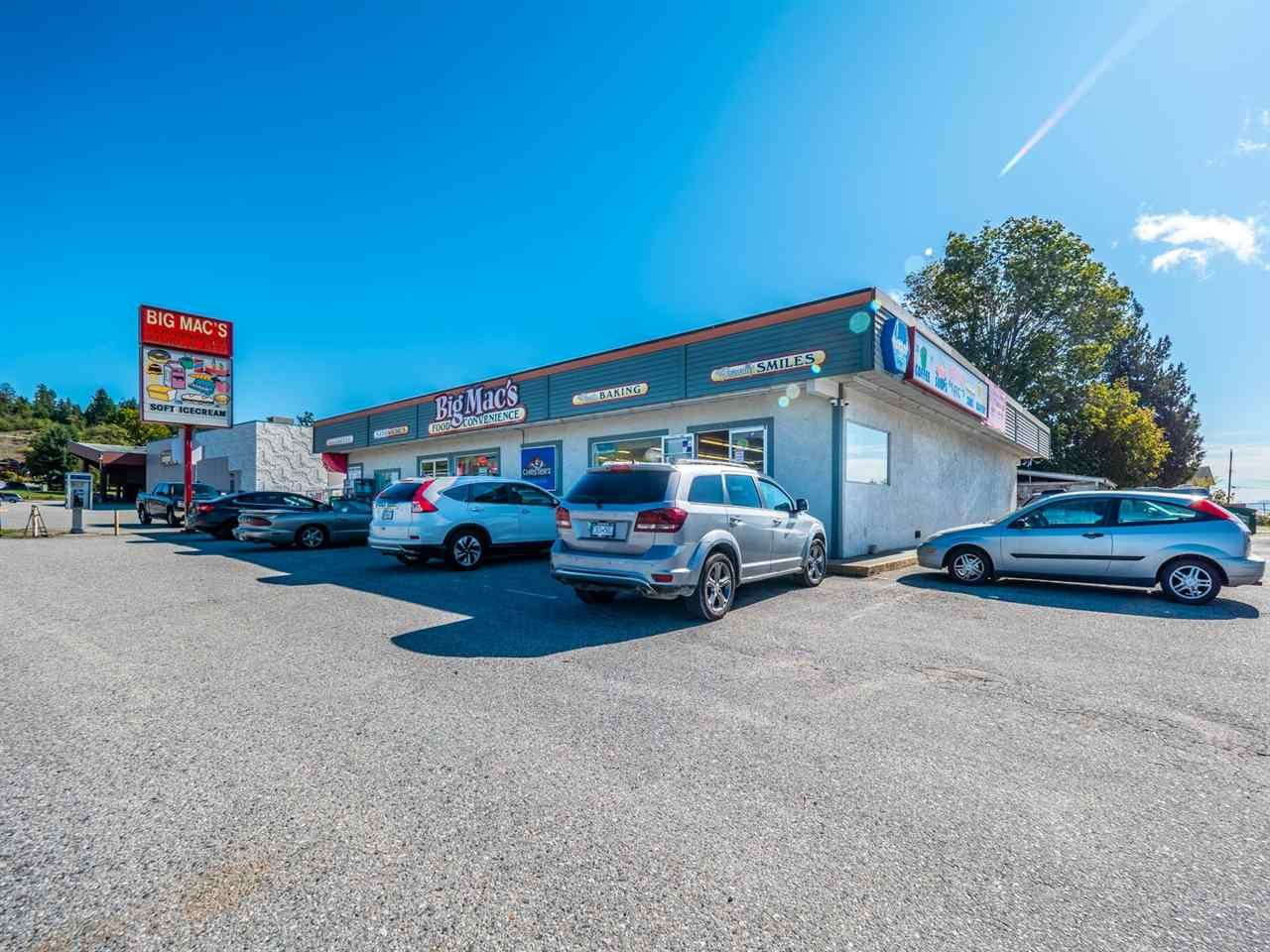 Main Photo: 5583 5585 SUNSHINE COAST Highway in Sechelt: Sechelt District Business for sale (Sunshine Coast)  : MLS®# C8035186