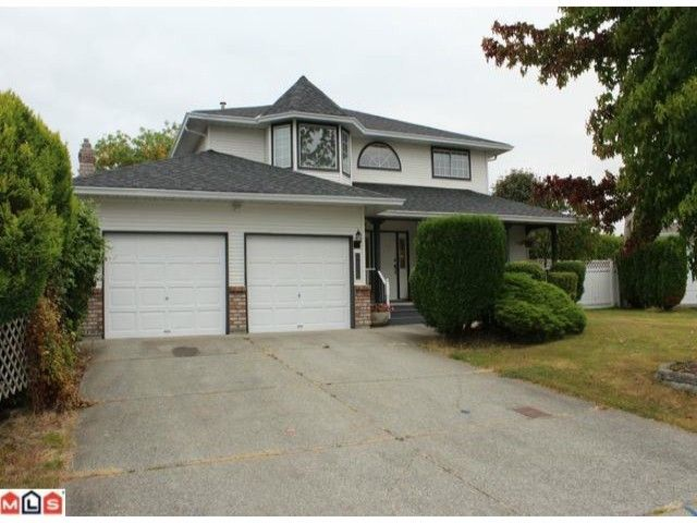 """Main Photo: 6098 186A Street in Surrey: Cloverdale BC House  in """"EAGLECREST"""" (Cloverdale)  : MLS®# F1223489"""