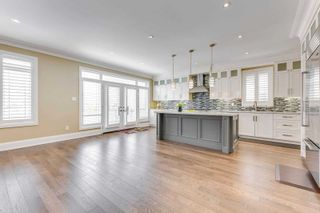 Photo 5: 2453 Old Carriage Road in Mississauga: Erindale House (2-Storey) for sale : MLS®# W5142877