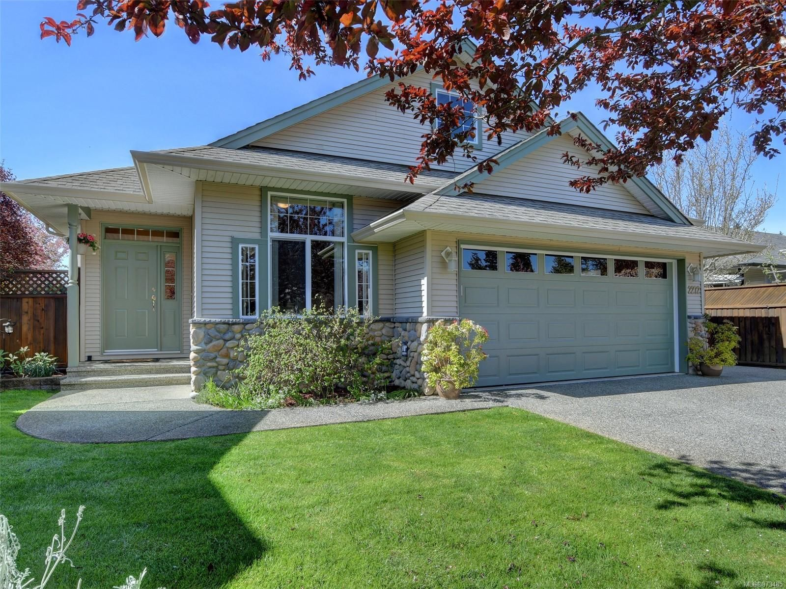 Main Photo: 2272 Pond Pl in Sooke: Sk Broomhill House for sale : MLS®# 873485