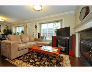Photo 1: 4659 CANADA Way in Burnaby: Central BN 1/2 Duplex for sale (Burnaby North)  : MLS®# V800858
