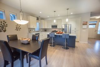 """Photo 7: 11315 244 Street in Maple Ridge: Cottonwood MR House for sale in """"MONTGOMERY ACRES"""" : MLS®# R2222206"""