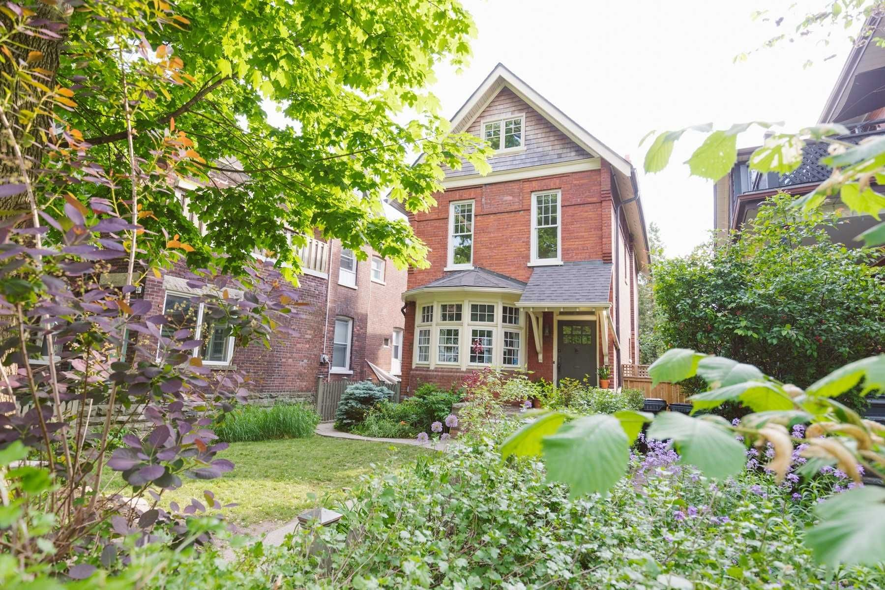 Main Photo: 42 Wilson Park Road in Toronto: South Parkdale House (2 1/2 Storey) for sale (Toronto W01)  : MLS®# W5272344