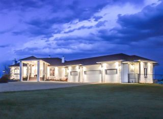 FEATURED LISTING: 54421 RR 261 Rural Sturgeon County