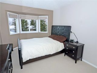 Photo 9: 60 MILLCREST Road SW in CALGARY: Millrise Residential Detached Single Family for sale (Calgary)  : MLS®# C3613674