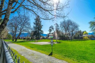 Photo 5: 46074 RIVERSIDE Drive in Chilliwack: Chilliwack N Yale-Well House for sale : MLS®# R2625709