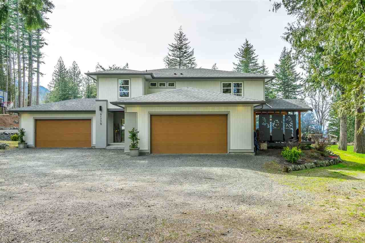 Main Photo: 41779 MAJUBA HILL Road in Yarrow: Majuba Hill House for sale : MLS®# R2562034