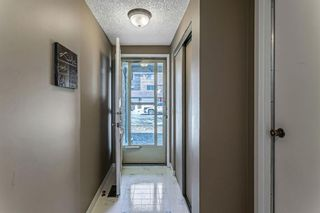 Photo 3: 1413 Ranchlands Road NW in Calgary: Ranchlands Row/Townhouse for sale : MLS®# A1133329