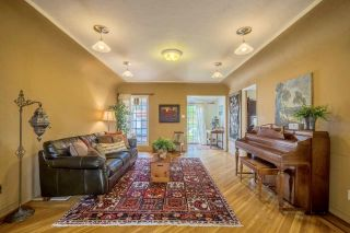 Photo 3: MISSION HILLS House for sale : 3 bedrooms : 3622 Dove Ct in San Diego