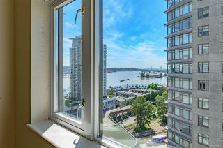 "Photo 11: 2010 892 CARNARVON Street in New Westminster: Downtown NW Condo for sale in ""AZURE II AT PLAZA 88"" : MLS®# R2461243"