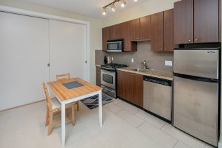 "Photo 12: 25 1863 WESBROOK Mall in Vancouver: University VW Townhouse for sale in ""ESSE"" (Vancouver West)  : MLS®# R2354071"