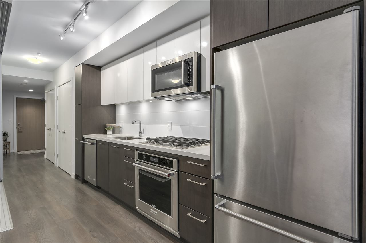 """Photo 13: Photos: 521 384 E 1ST Avenue in Vancouver: Mount Pleasant VE Condo for sale in """"CANVAS"""" (Vancouver East)  : MLS®# R2230543"""