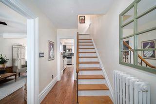 Photo 2: 2 Kirknewton Road in Toronto: Caledonia-Fairbank House (2-Storey) for sale (Toronto W03)  : MLS®# W4832621