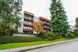 """Photo 1: 310 2120 W 2ND Avenue in Vancouver: Kitsilano Condo for sale in """"Arbutus Place"""" (Vancouver West)  : MLS®# R2624095"""